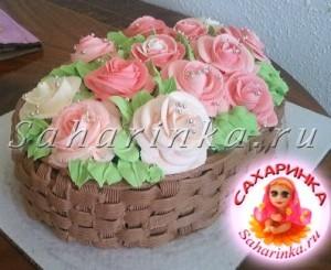 кремовый торт-корзина с розами